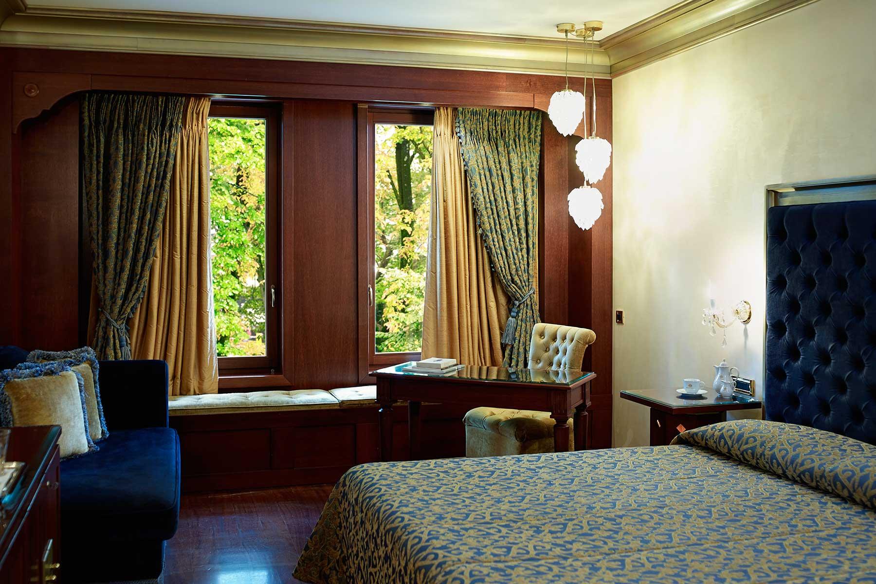 grand-serai-standart-double-room-ioannina-greece-1.jpg
