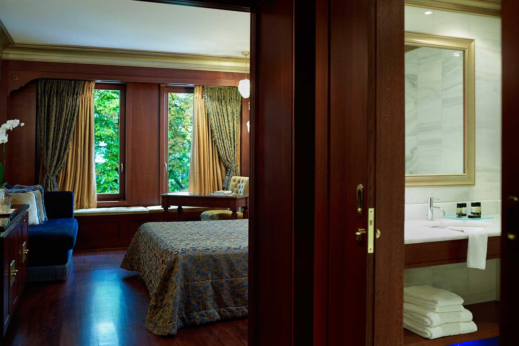 grand-serai-standart-double-room-ioannina-greece-3.jpg