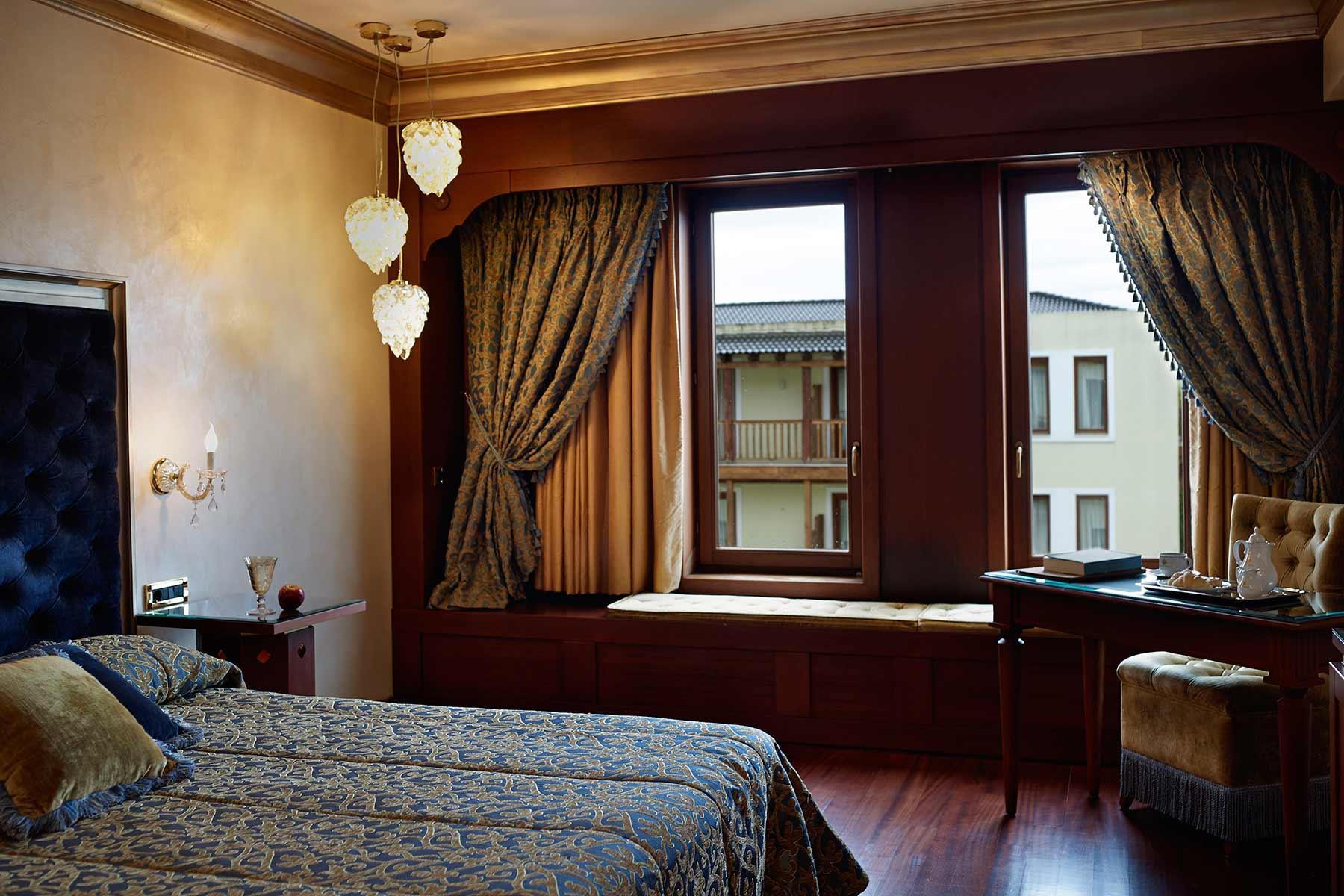 grand-serai-superior-double-room-ioannina-greece-2.jpg